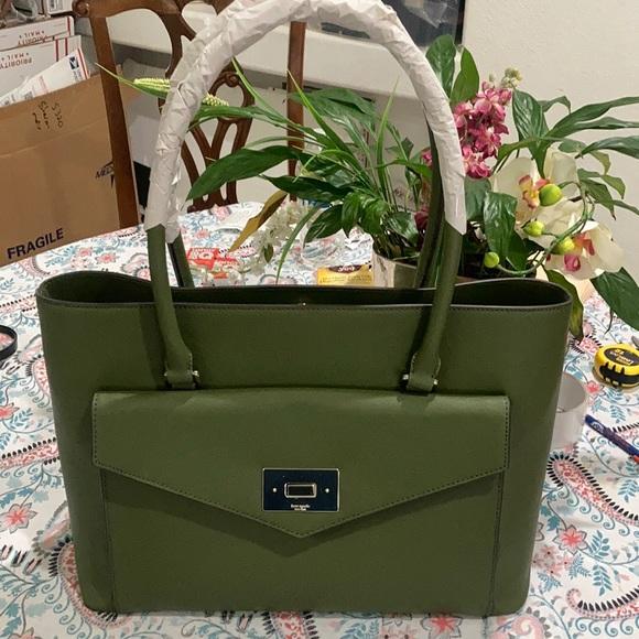 kate spade Handbags - KATE SPADE HALSEY TOTE BAG.